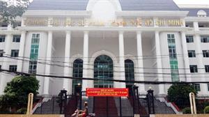 Tự ý nghỉ, 700 sinh viên ở Sài Gòn có thể bị đuổi học