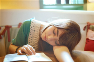 """Những lý giải cho căn bệnh """"ngại học"""" của tân sinh viên"""